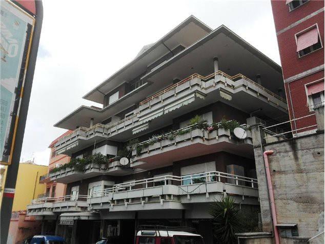 Appartamento da ristrutturare in vendita Rif. 7966977