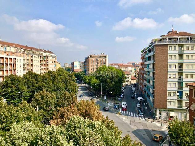 Appartamento in ottime condizioni in affitto Rif. 7971786