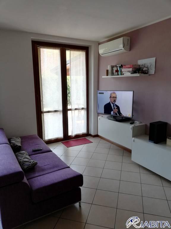 Appartamento in Vendita a San Giorgio Piacentino Periferia: 3 locali, 104 mq