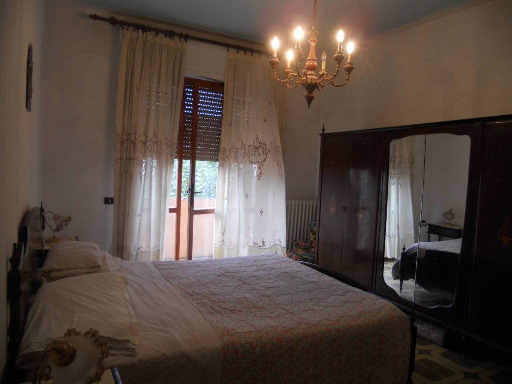Appartamento in buone condizioni parzialmente arredato in affitto Rif. 7966008