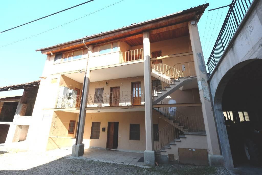 Casa Indipendente in buone condizioni in vendita Rif. 7964123