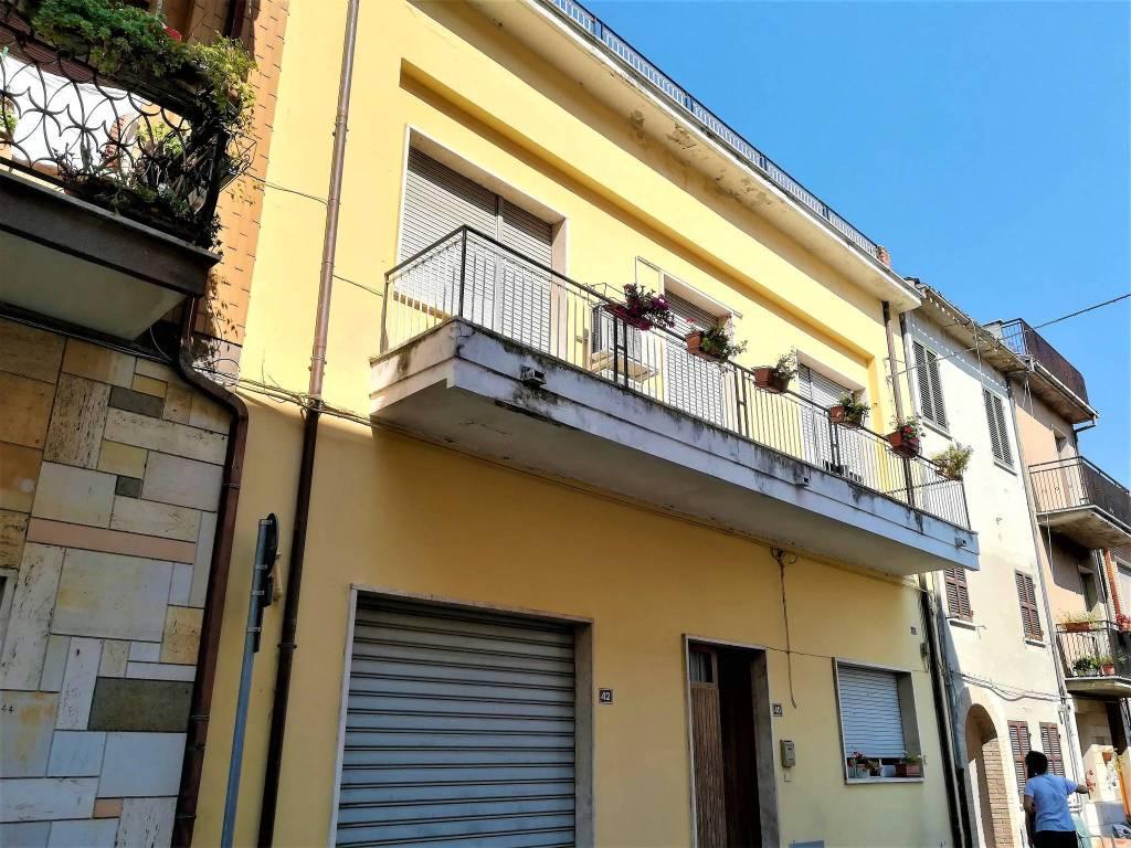 Casa Indipendente in buone condizioni parzialmente arredato in vendita Rif. 7967502