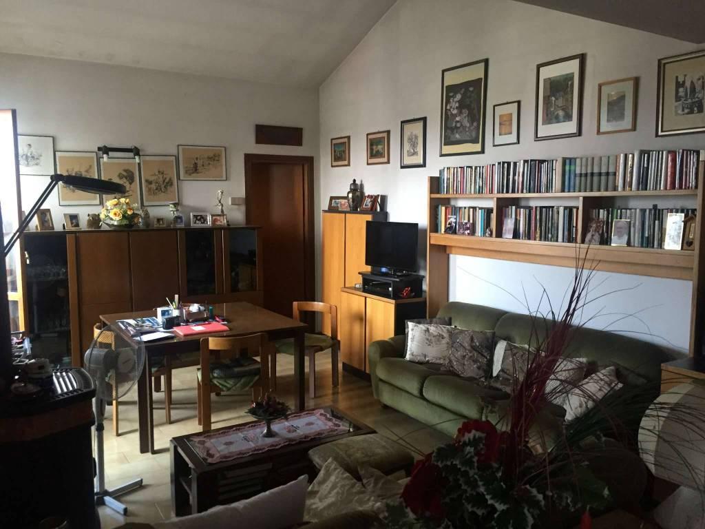 Appartamento in vendita a Viadana, 3 locali, prezzo € 65.000 | PortaleAgenzieImmobiliari.it