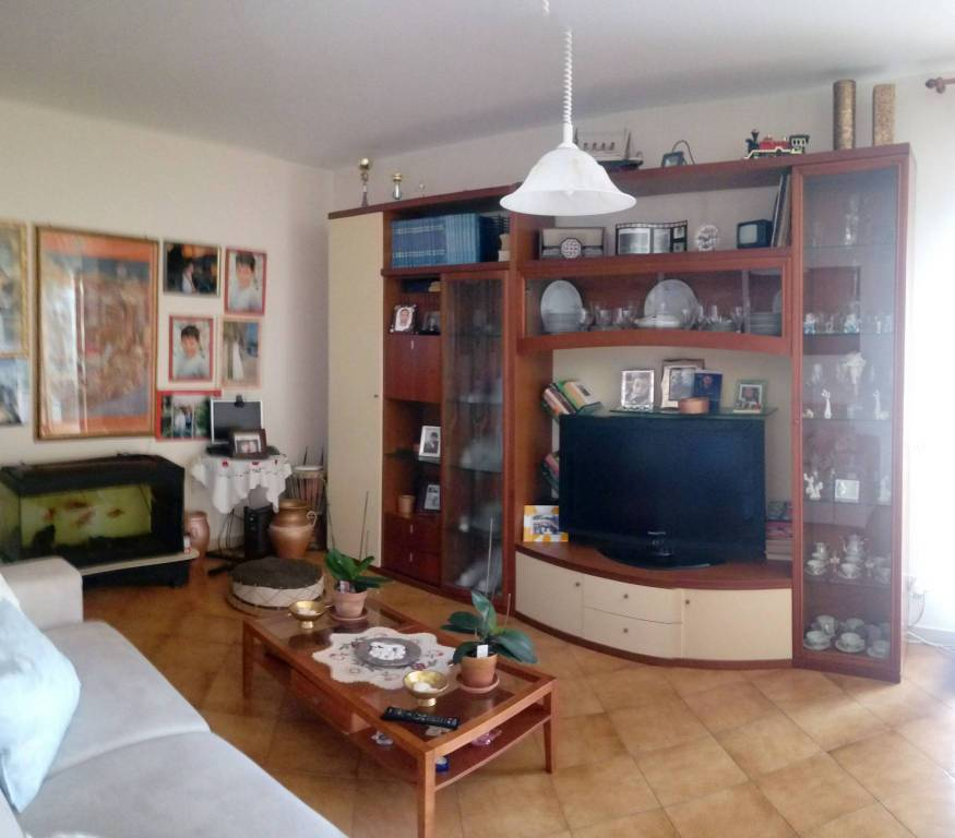 Appartamento in buone condizioni in vendita Rif. 7963763