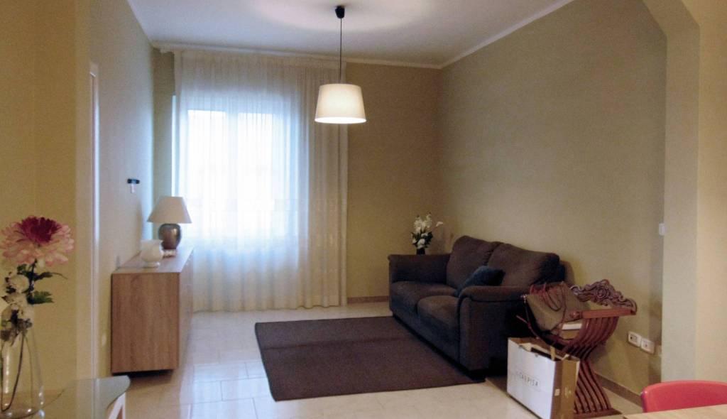 Appartamento in ottime condizioni parzialmente arredato in affitto Rif. 7968910