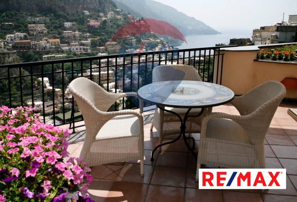 Appartamento arredato in vendita Rif. 7971155