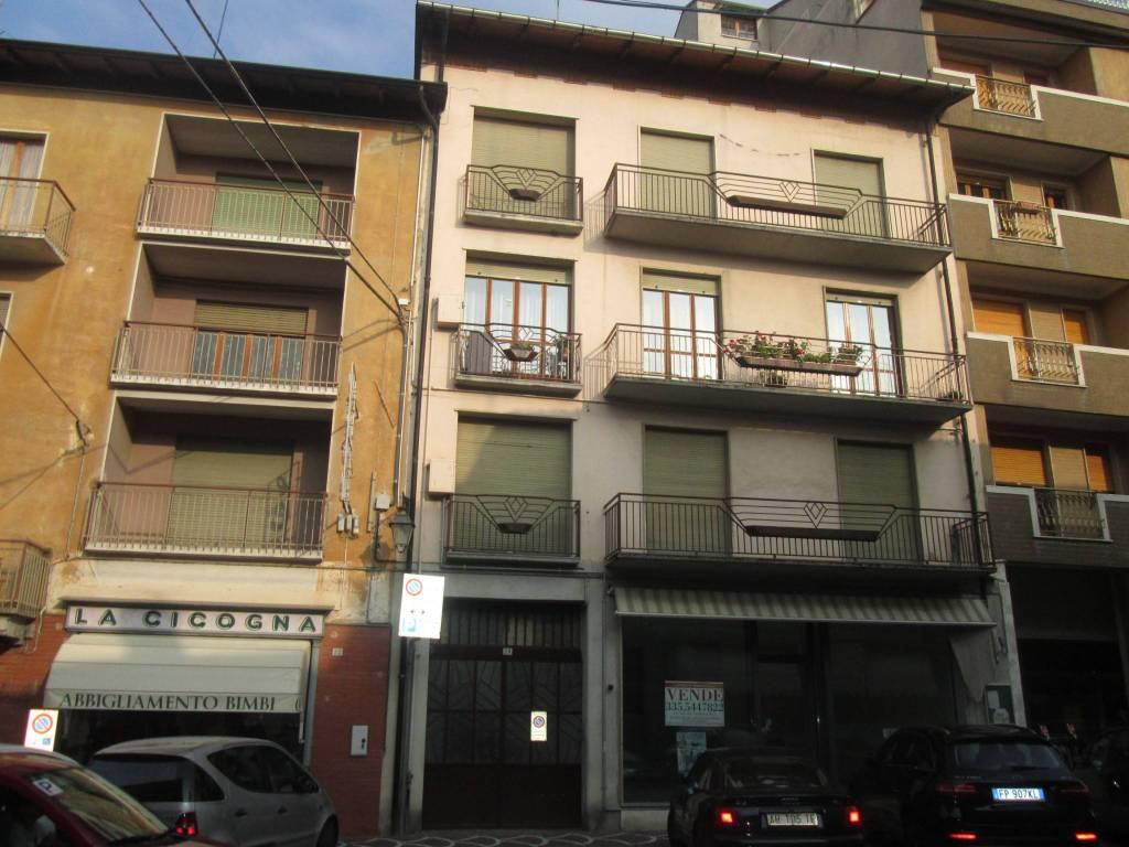 Appartamento da ristrutturare in vendita Rif. 7963971