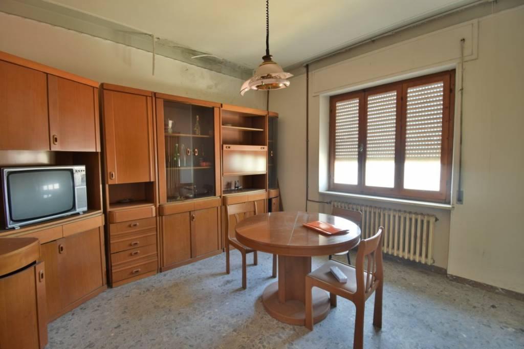 Appartamento su piccolo condominio