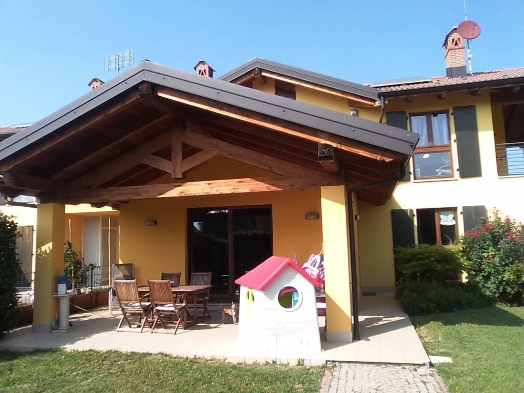 Villa in ottime condizioni in vendita Rif. 7964092