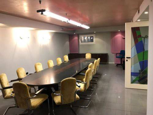 Prestigioso negozio /ufficio a Rovigo, Rif. RO1567