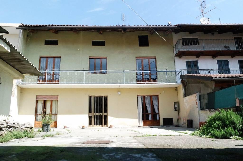 Foto 1 di Casa indipendente Villareggia