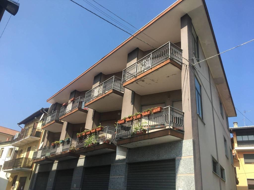 Appartamento da ristrutturare in vendita Rif. 7963813