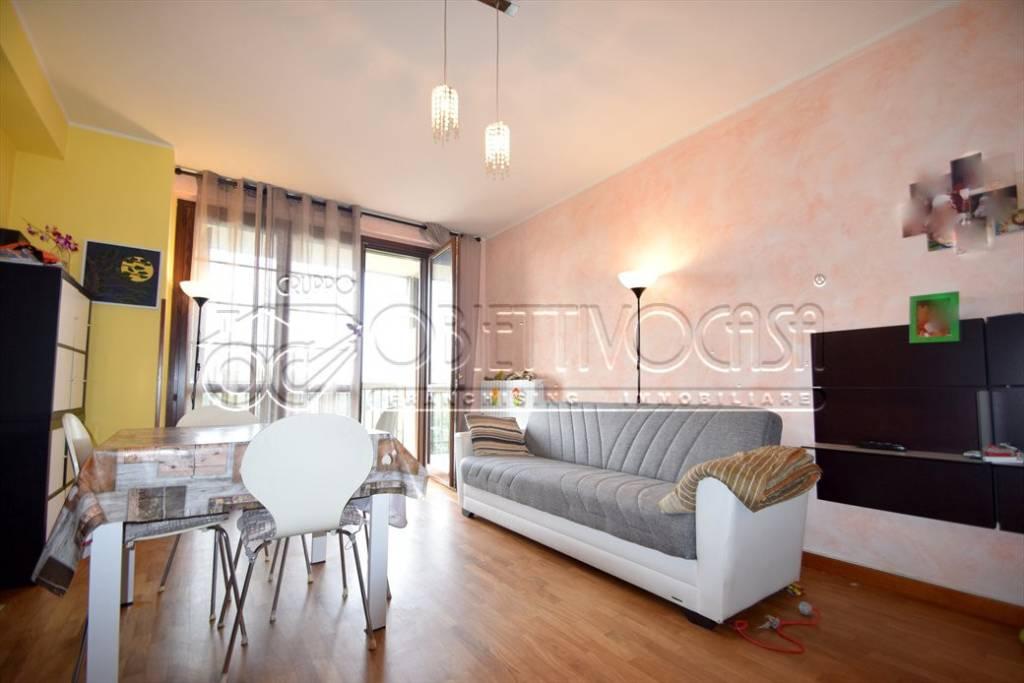 Appartamento in ottime condizioni parzialmente arredato in vendita Rif. 7927377