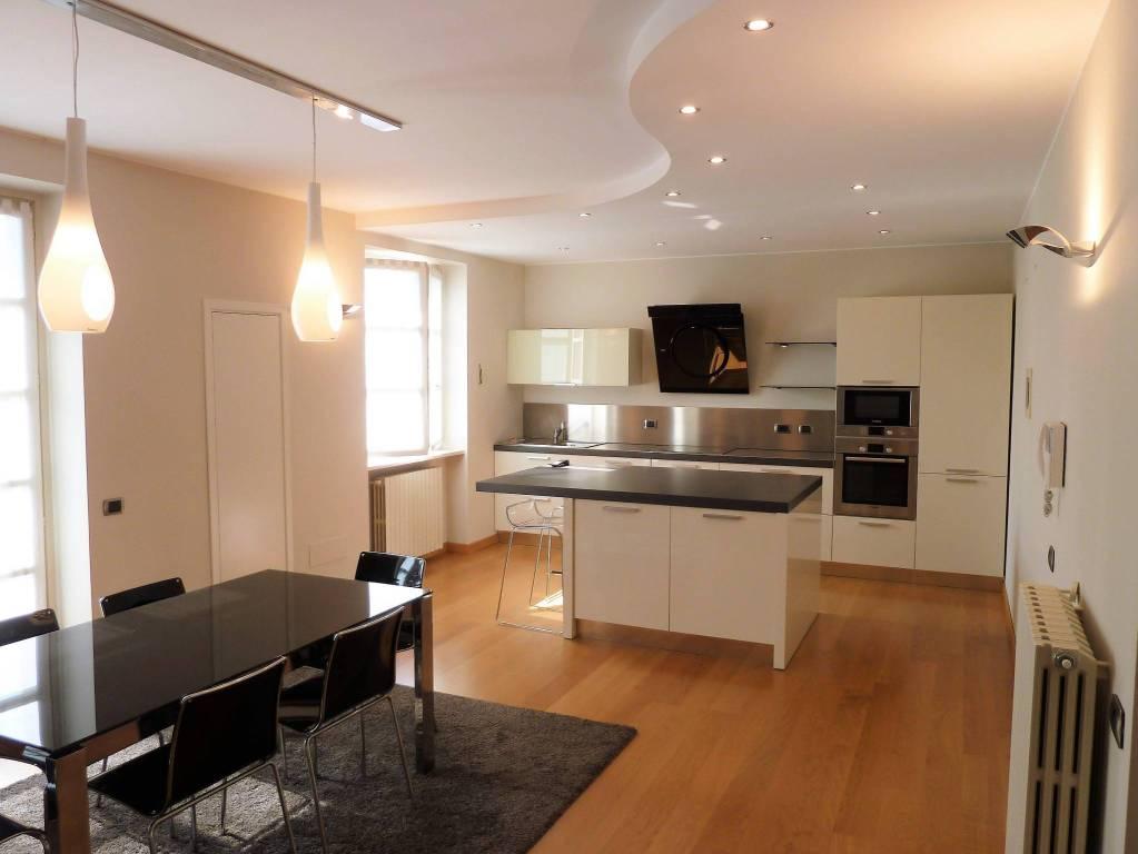 Appartamento in ottime condizioni in vendita Rif. 8002999