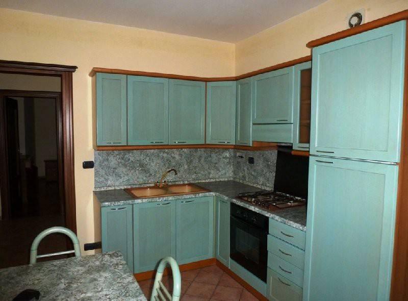Appartamento in ottime condizioni arredato in affitto Rif. 7976591