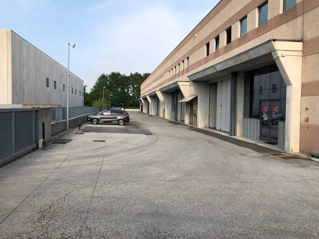 Capannone monolocale in affitto a Mussolente (VI)