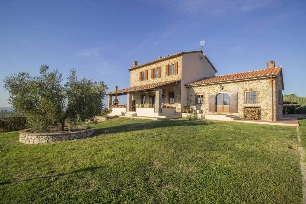 Rustico / Casale in ottime condizioni parzialmente arredato in vendita Rif. 7992483