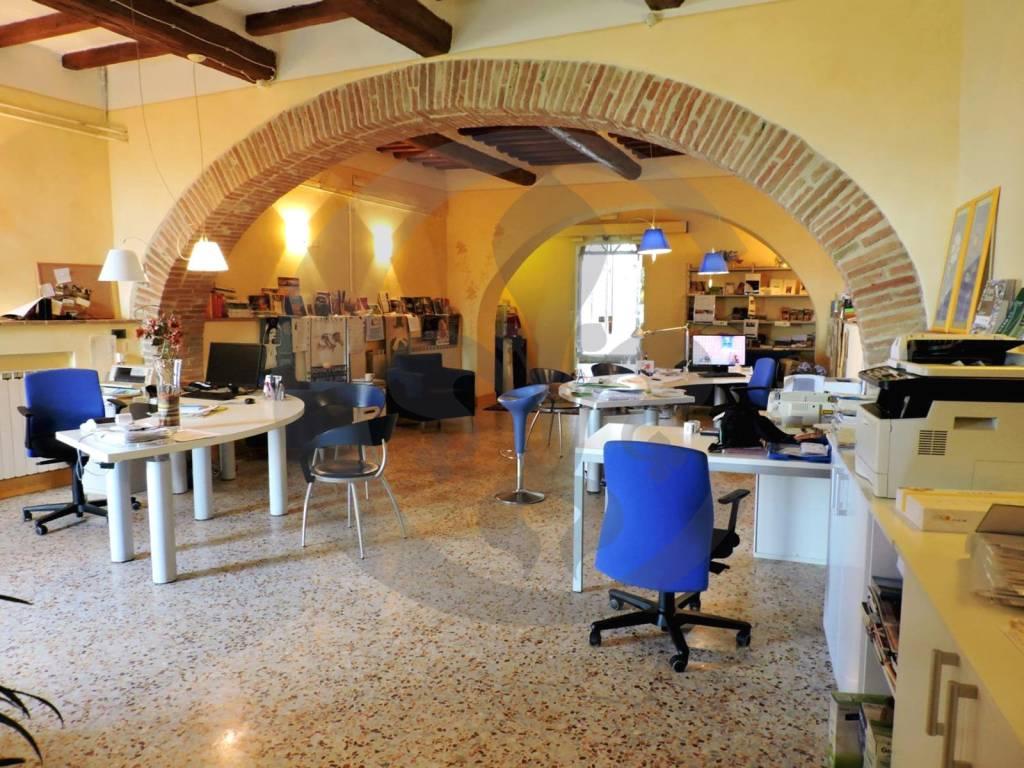 Appartamento in Vendita a San Casciano Dei Bagni: 4 locali, 204 mq