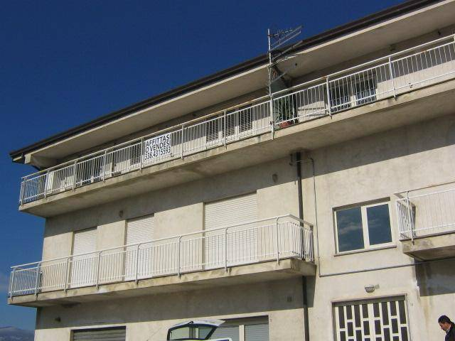 Appartamento in buone condizioni in vendita Rif. 7992945