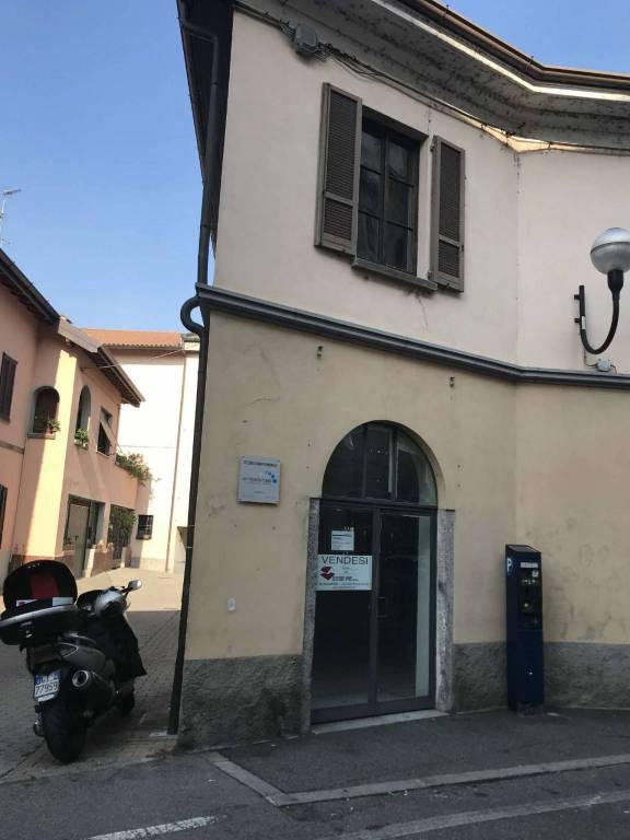 Negozio / Locale in Vendita a Melzo
