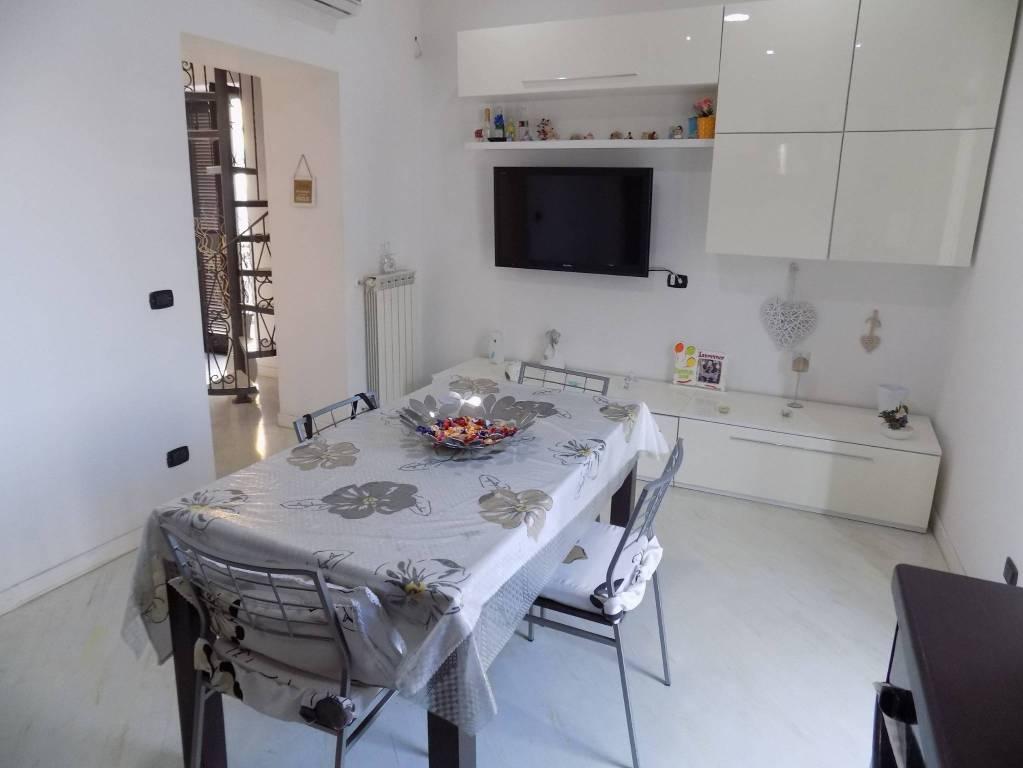 Appartamento in ottime condizioni in affitto Rif. 7994945