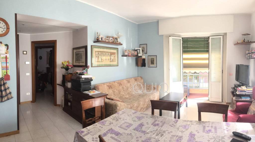 Appartamento in buone condizioni parzialmente arredato in vendita Rif. 7989680