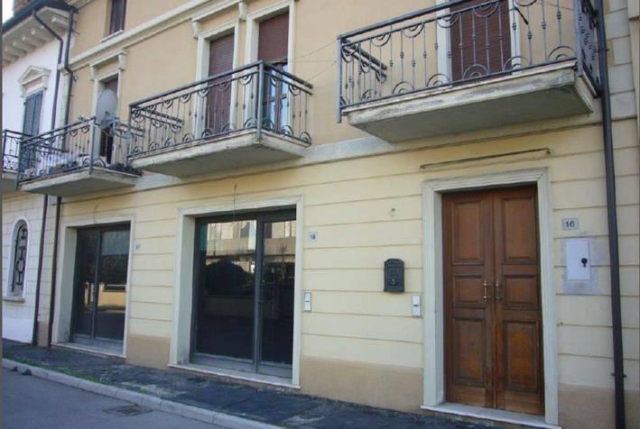 Appartamento in buone condizioni in vendita Rif. 7994222