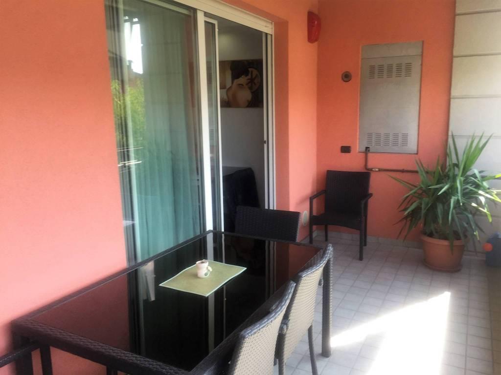 Appartamento in ottime condizioni in vendita Rif. 7990541