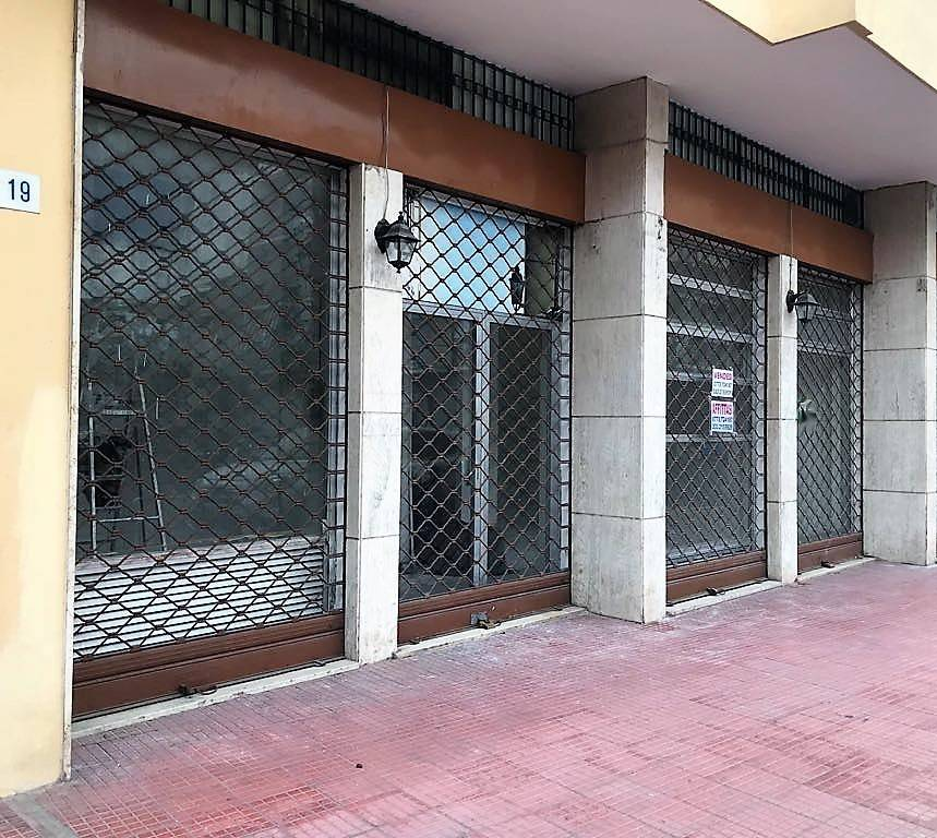 R/84 - Terracina Via Palermo. Locale commerciale