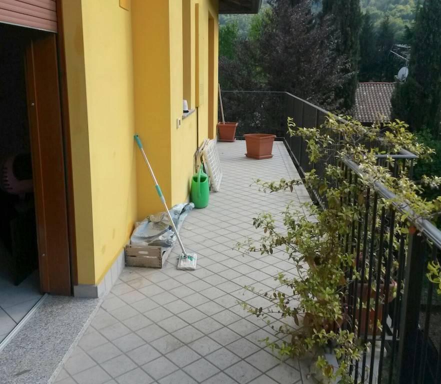 Appartamento in ottime condizioni in vendita Rif. 7943777