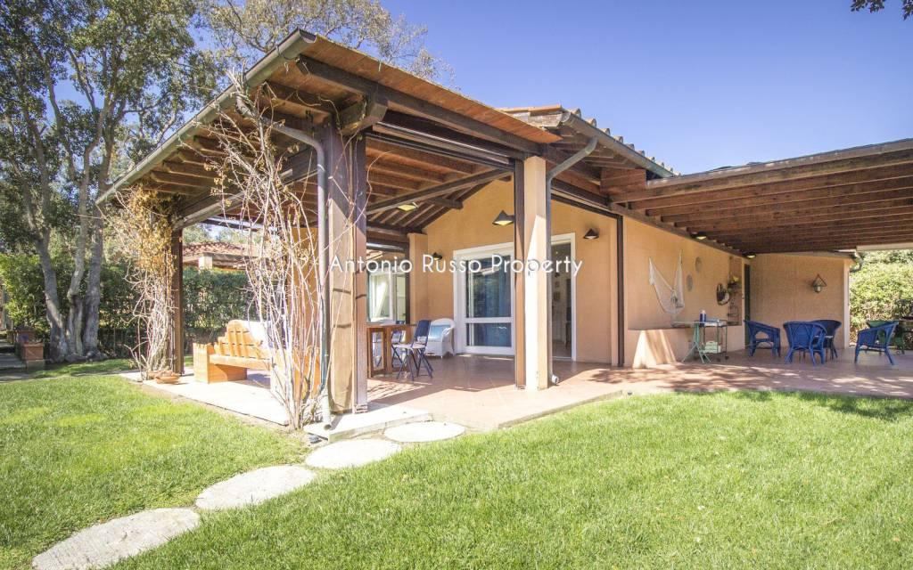 Villa in ottime condizioni arredato in vendita Rif. 7992491