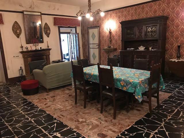 Appartamento in vendita a Borgorose, 4 locali, prezzo € 57.000 | CambioCasa.it