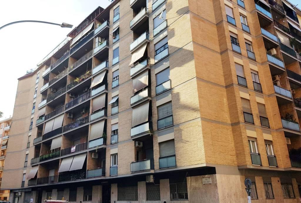 Appartamento in vendita a Roma, 3 locali, zona Zona: 8 . Tiburtina, Colli Aniene, Pietrasanta, San Basilio, prezzo € 294.000 | CambioCasa.it