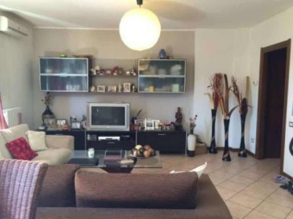 Appartamento in vendita a Gerenzano, 3 locali, prezzo € 179.000 | PortaleAgenzieImmobiliari.it