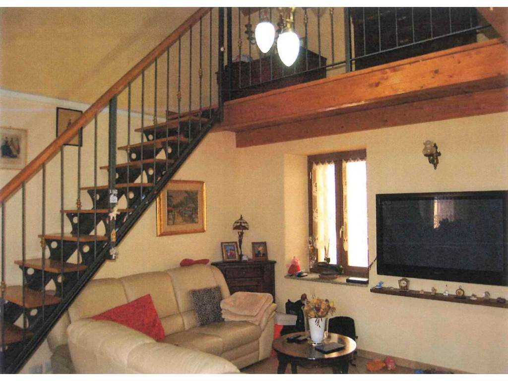 Appartamento in vendita a Venaria Reale, 4 locali, prezzo € 125.000 | CambioCasa.it