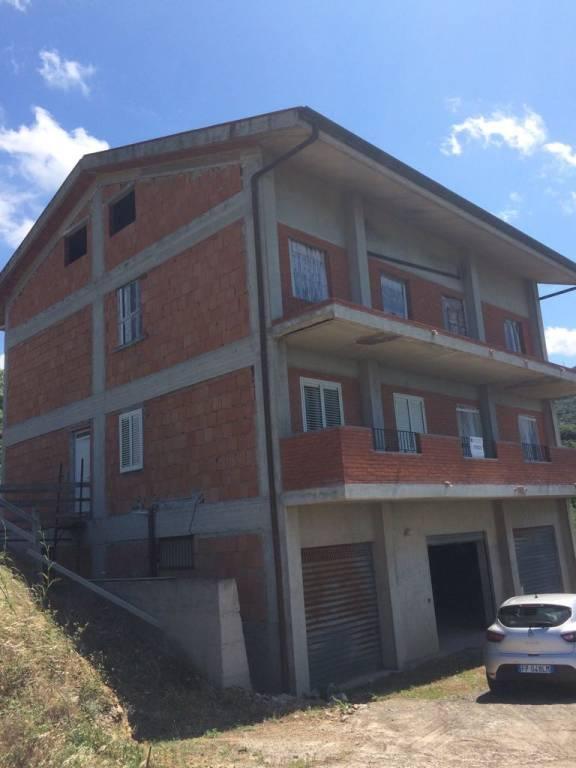 Palazzo in Vendita a Piraino Periferia: 5 locali, 480 mq