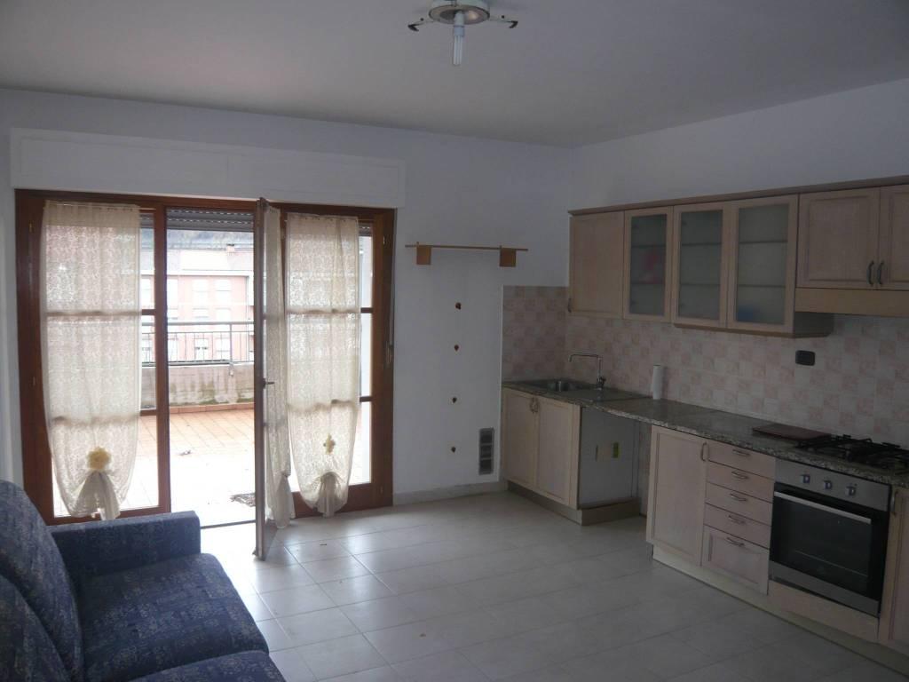 Appartamento in vendita a Aulla, 3 locali, prezzo € 90.000 | PortaleAgenzieImmobiliari.it