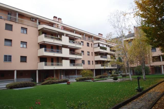 Appartamento in ottime condizioni in vendita Rif. 4432841