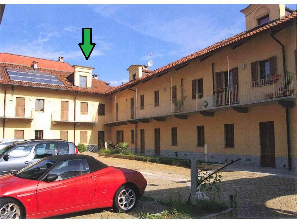 Appartamento in vendita a Venaria Reale, 3 locali, prezzo € 98.000 | CambioCasa.it