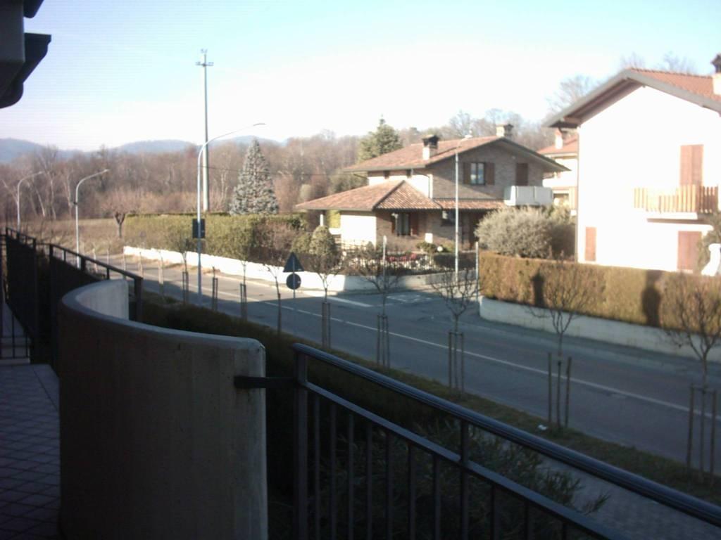Appartamento in buone condizioni in vendita Rif. 7484802