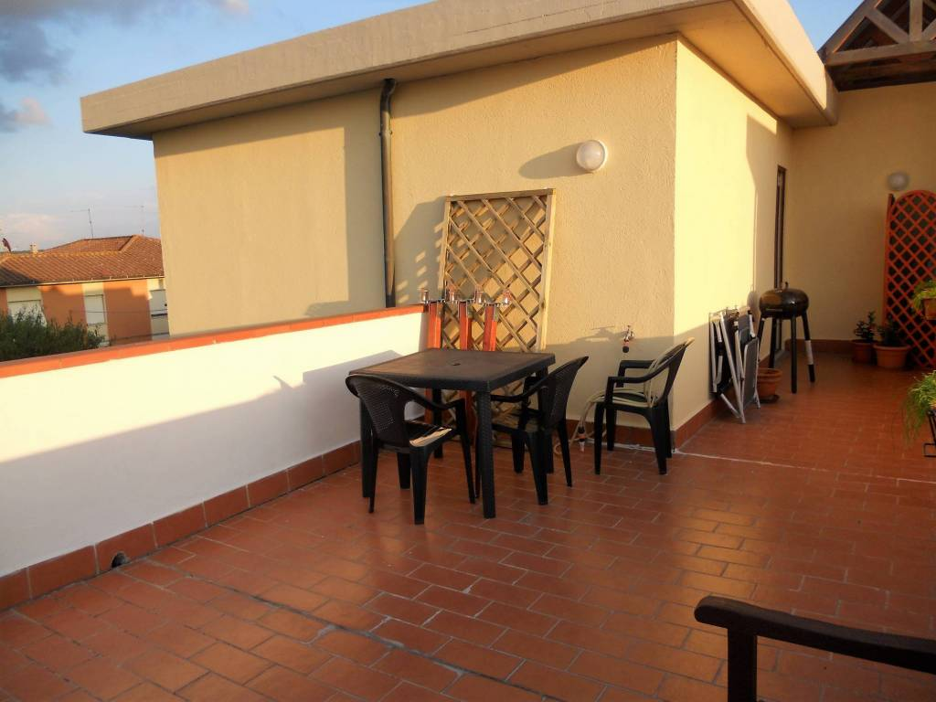 Appartamento in ottime condizioni in vendita Rif. 8003332