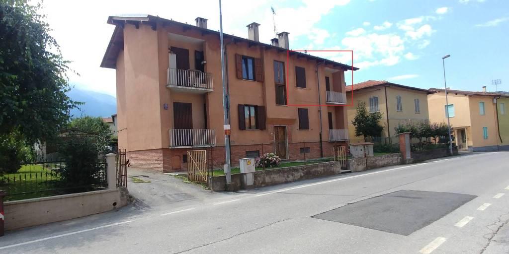 Appartamento in buone condizioni in affitto Rif. 8002069