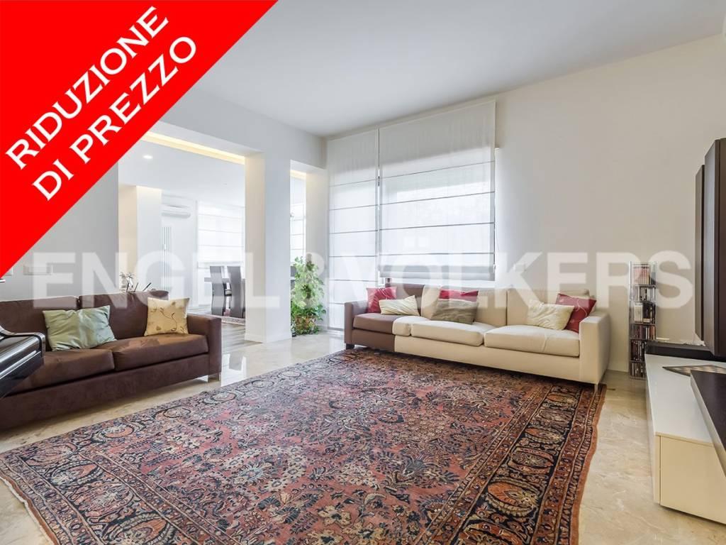 Appartamento in Vendita a Roma 32 Trionfale / Montemario: 5 locali, 238 mq