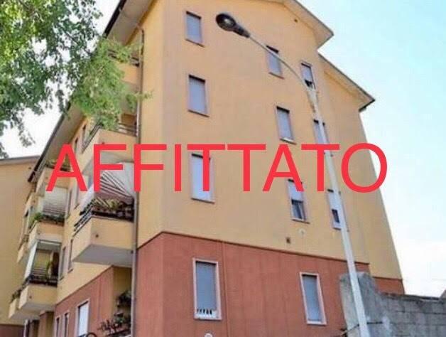 Appartamento in buone condizioni arredato in affitto Rif. 7033992