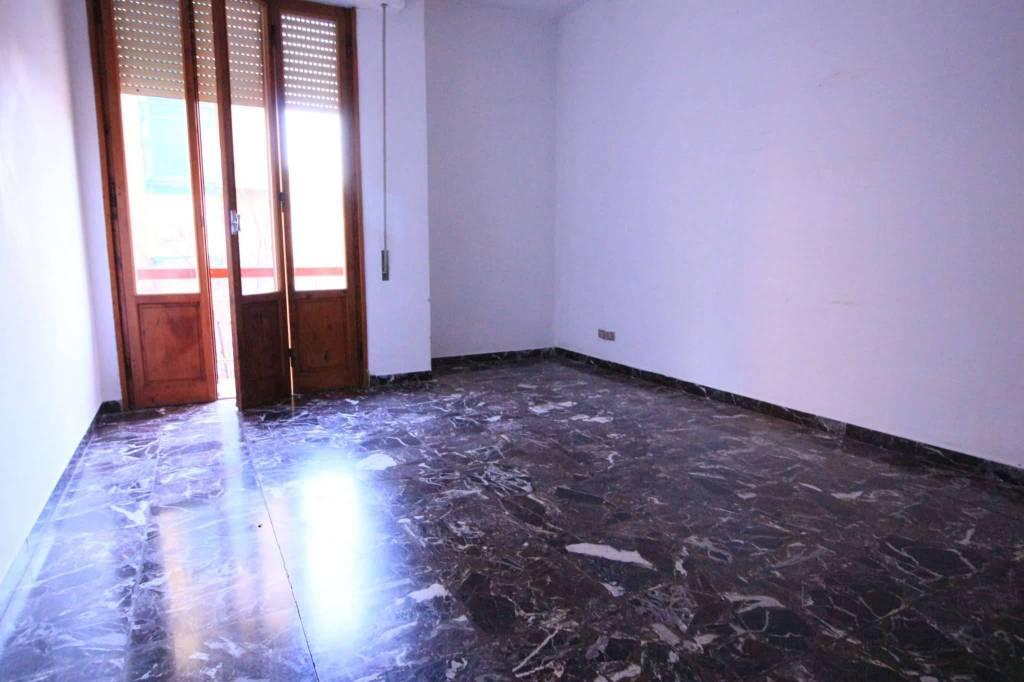 Appartamento in buone condizioni in vendita Rif. 8401851