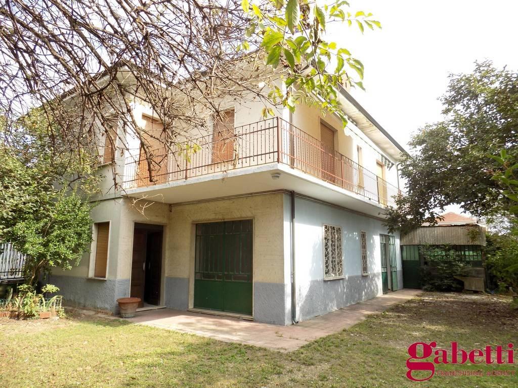 Foto 1 di Villa via Rivoli, frazione Salsasio, Carmagnola