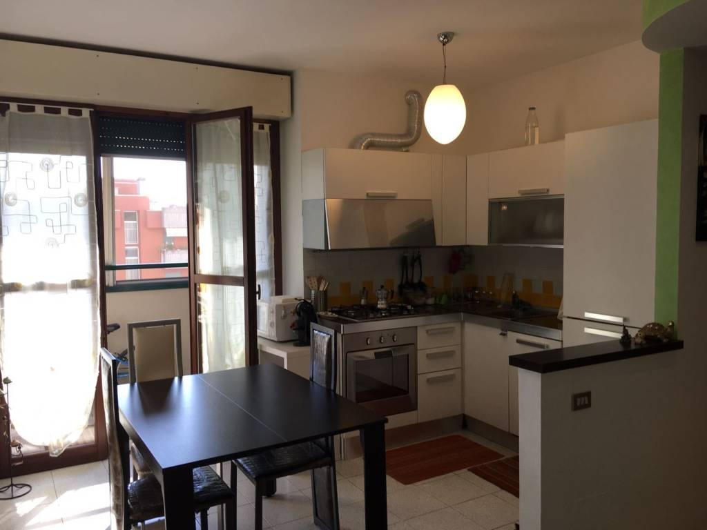 Appartamento in vendita 3 vani 75 mq.  via Carla Milly Mignone Milano