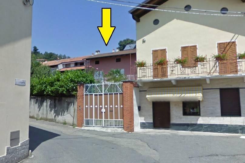 Soluzione Indipendente in vendita a Orio Canavese, 10 locali, prezzo € 68.000 | CambioCasa.it