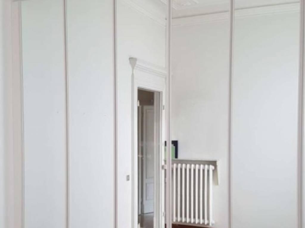 Appartamento in affitto a Milano, 3 locali, zona Zona: 12 . De Angeli, Vercelli, Washington, Sicilia, S. Michele del Carso, prezzo € 2.250 | CambioCasa.it