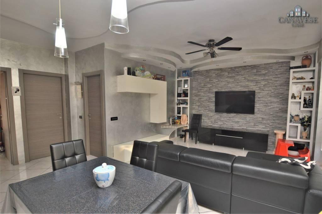 Appartamento in ottime condizioni in vendita Rif. 8020313